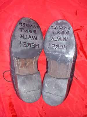 stencil_shoes_001