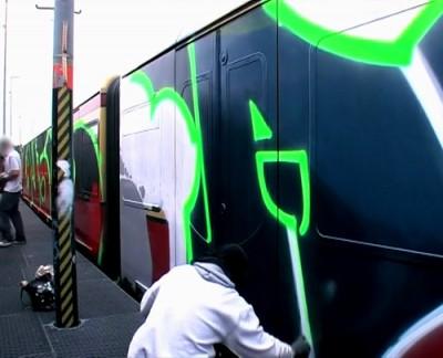 UNLIKE U : Trainwriting in Berlin
