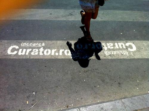 "Curator.ro reclama ""curata"""